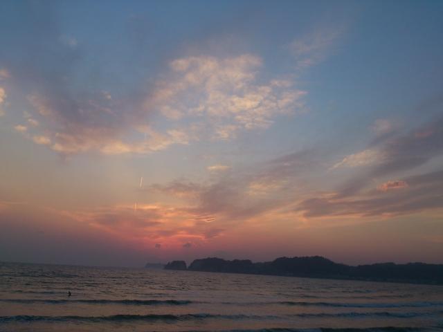材木座海岸(134号線)