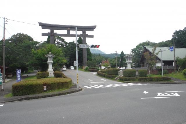 大鳥居(観光案内所前交差点)