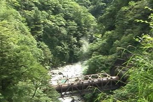 黒薙温泉から宇奈月温泉への送湯管