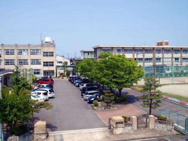 四日市市立富田中学校