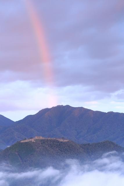 【2016/11/3撮影】城跡と虹