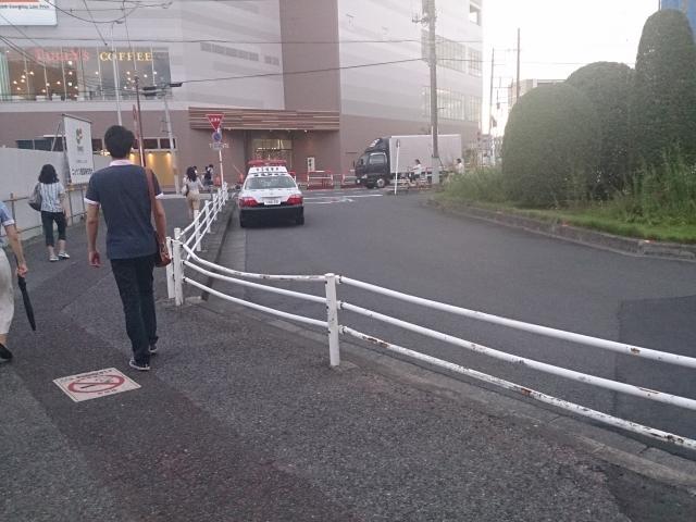 夕方16時~18時頃に停車して、ほぼ毎日張ってます