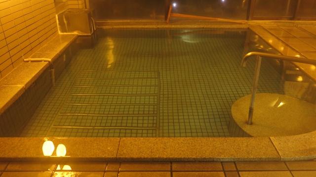 渓泉荘温泉内湯