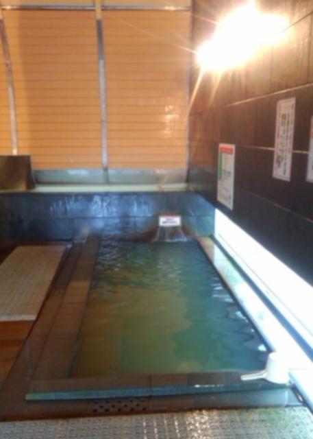 源泉風呂(36℃非加熱完全掛け流し)