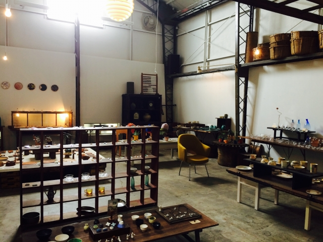 okeba(雑貨屋)の店内