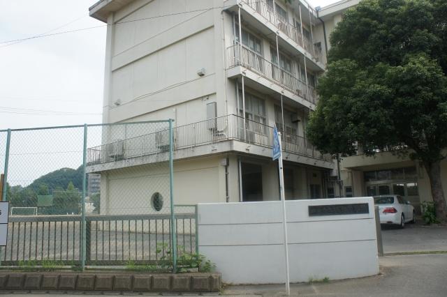 玉縄中学校