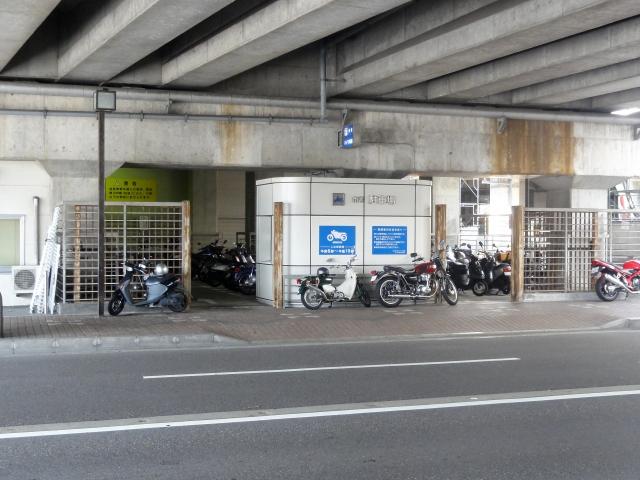 金沢市営金沢駅バイク駐車場