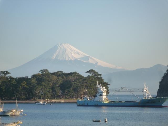 旅館みはまの部屋からの富士山